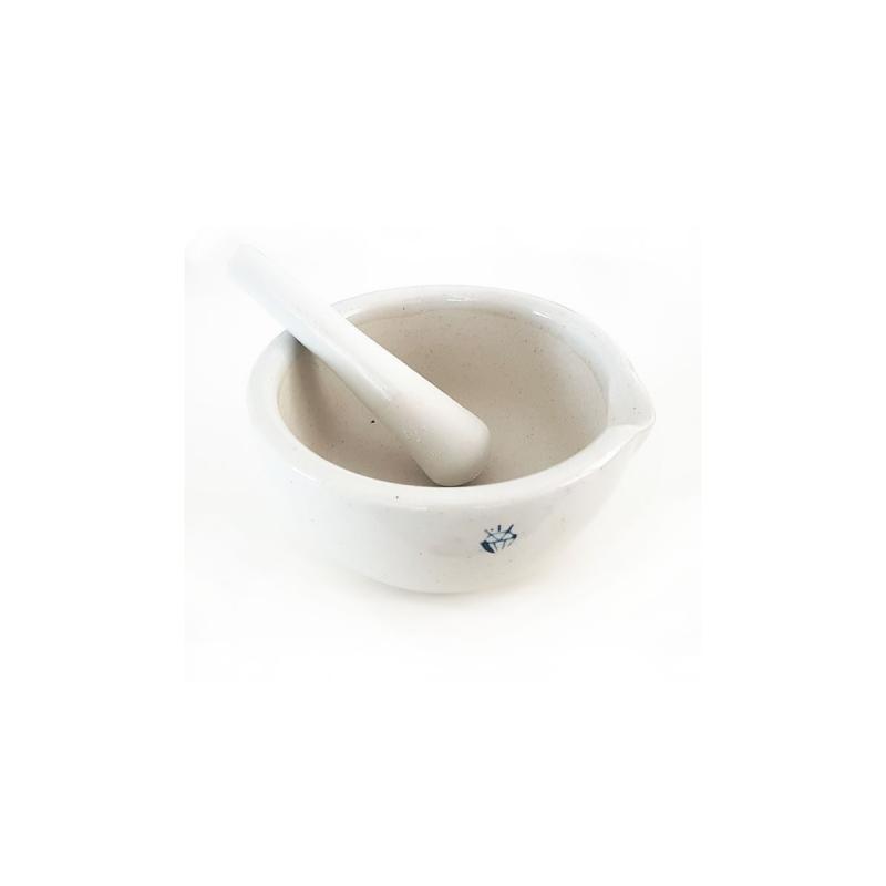 Trecia miska a tĺčik (porcelán) na výrobu kozmetiky